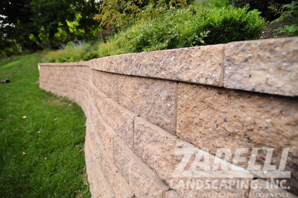 wall retaining landscape